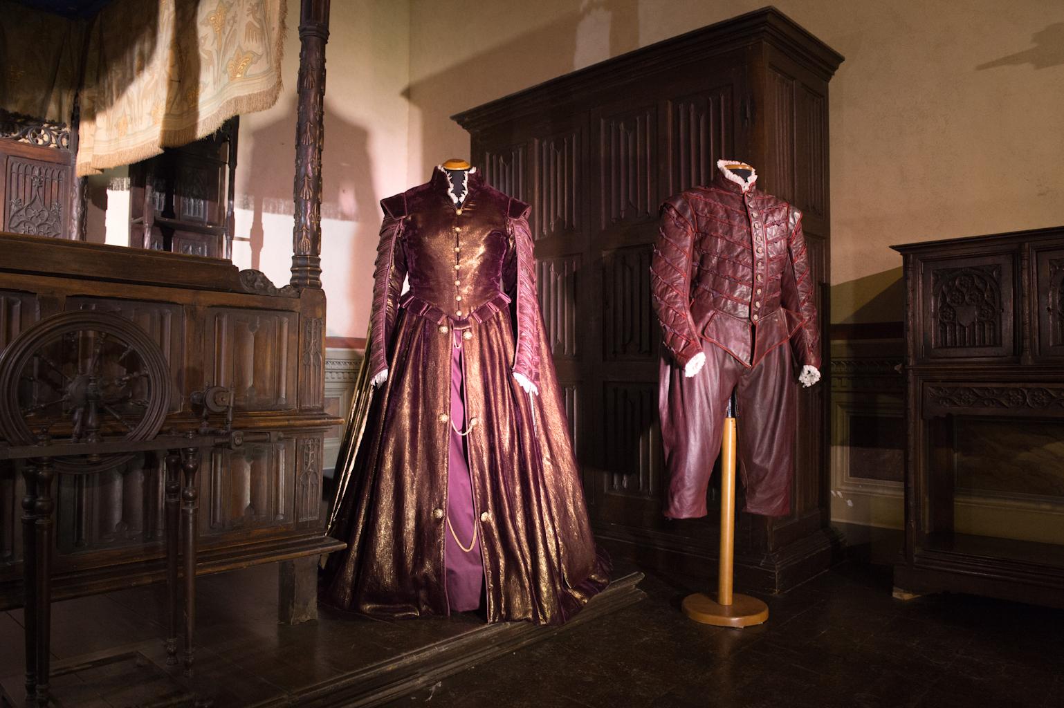 Il 500 Sala Gotica Costumi di G.Giustino
